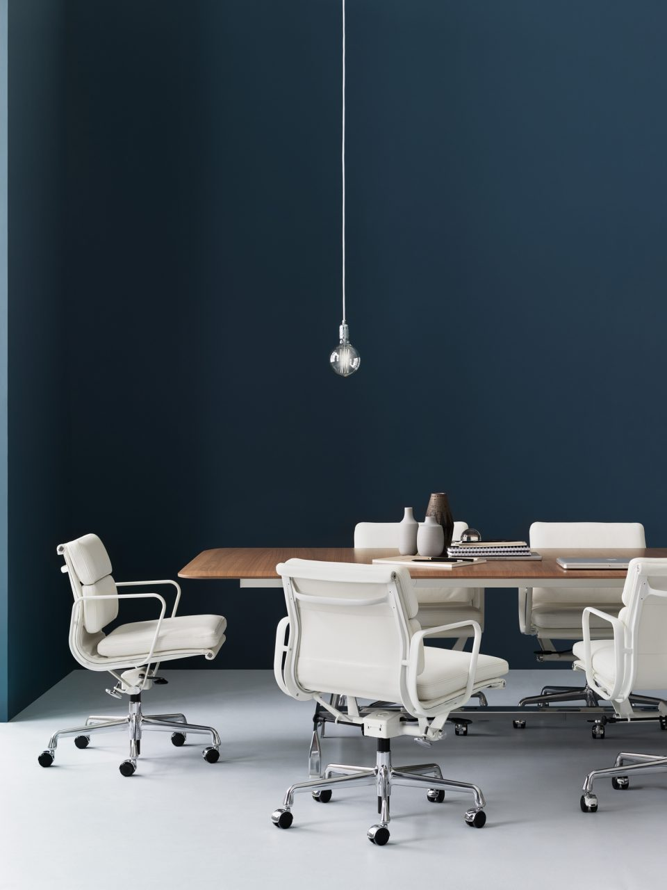 Herman Miller: Furniture